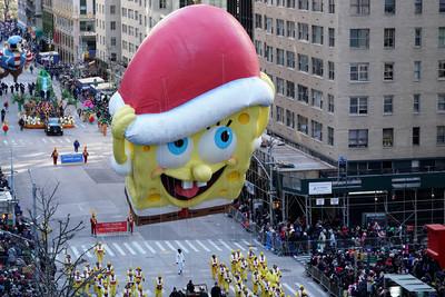 紐約感恩節遊行 16組巨型氣球亮相