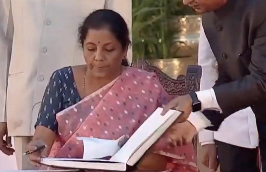 ▲財政部長Nirmala Sitharaman。(圖/翻攝自Facebook/「Nirmala Sitharaman」粉絲專頁)