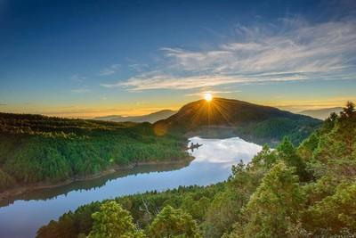 美極了!太平山夢幻之湖翠峰湖 冬季限定美景登場