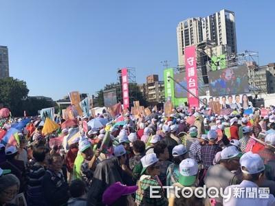 蔡英文造勢還沒開始...新北也爆場了!「賴神」現身群眾擠爆搶拍照