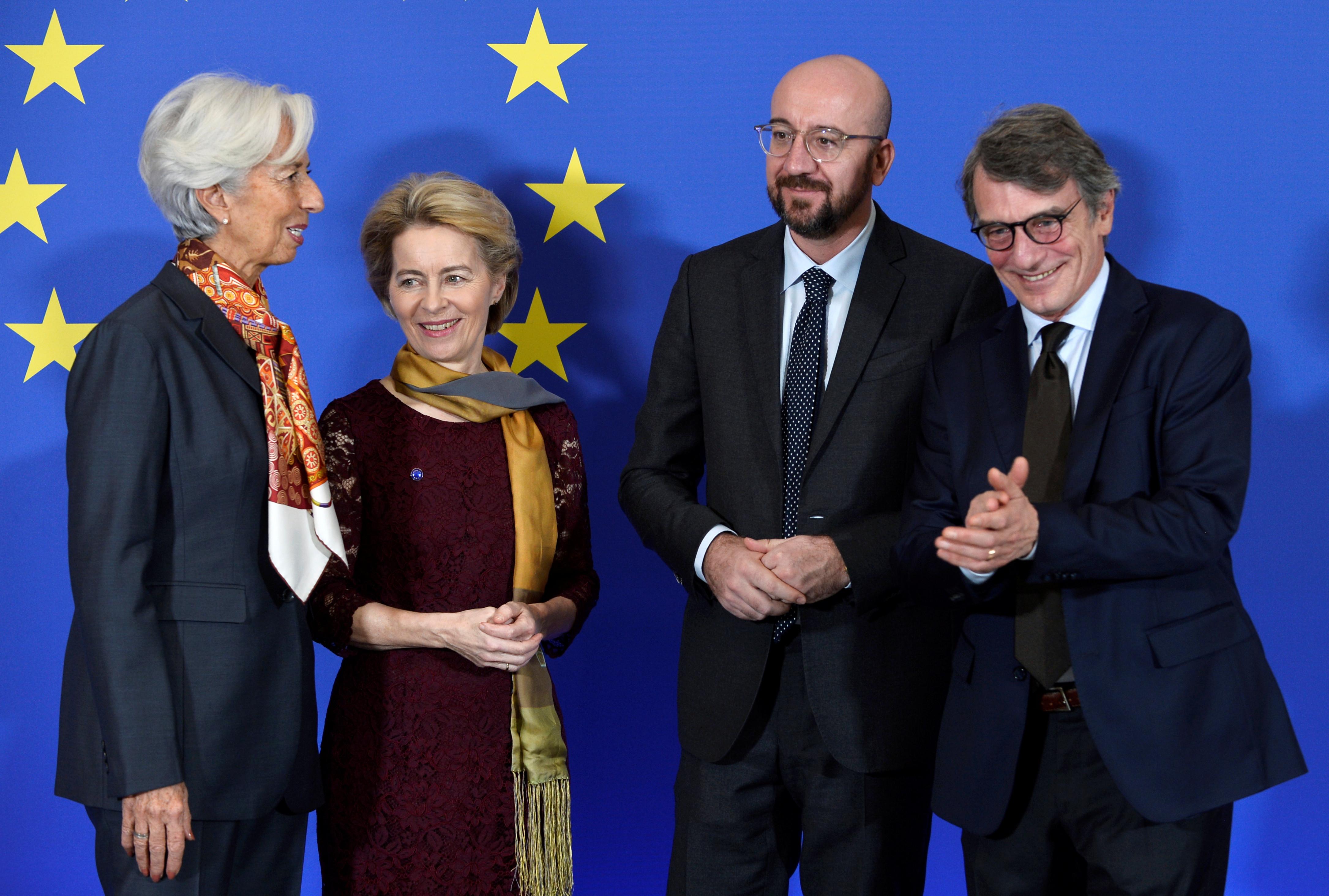 ▲▼左起歐洲中央銀行總裁拉加德、馮德萊恩(Ursula von der Leyen)、比利時前總理、歐洲理事會新任主席米歇爾(Charles Michel )、歐洲議會議長薩索利(David Sassoli)。(圖/路透)