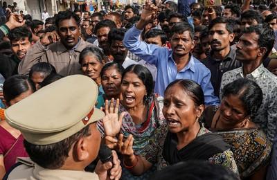 印度26歲獸醫慘遭4男性侵悶死焚屍