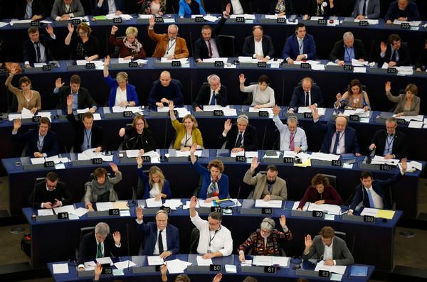 ▲▼歐洲議會在11月28日投票通過,宣布進入氣候緊急狀態。(圖/路透)