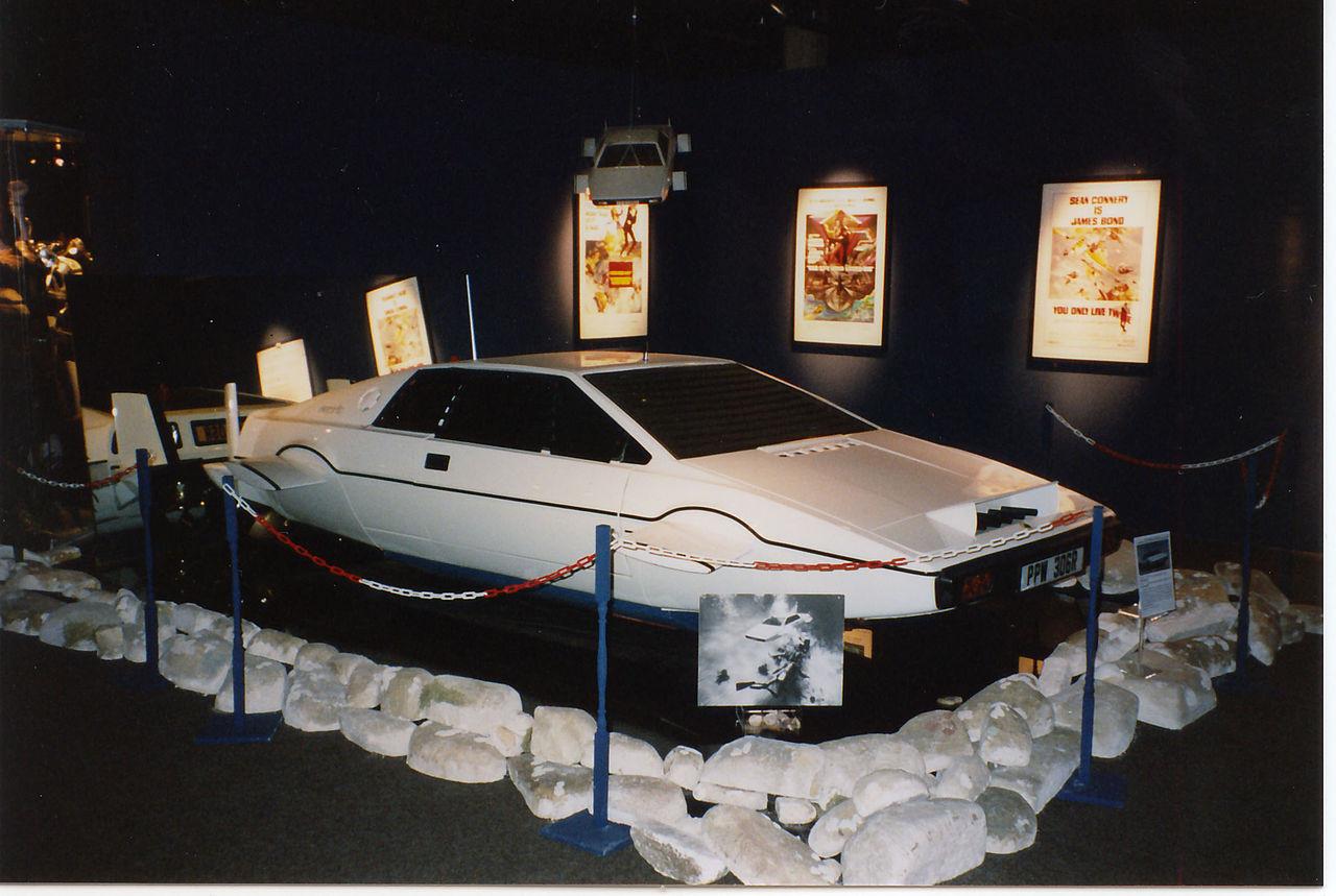 ▲▼「007唯一跑車」3033萬賣給馬斯克! 美夫婦20年前僅花3000元就盲拍到手。(圖/維基百科「Jörg Behrens」攝)