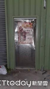 屏東花店遭砸 警鎖定黑衣人追緝