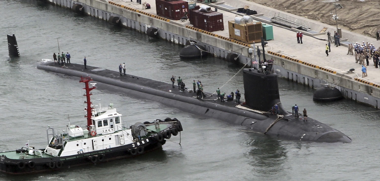 ▲▼美國海軍「維吉尼亞級攻擊核潛艦」(Virginia class attack submarines),2008年停靠韓國釜山的德克薩斯號。(圖/達志影像/美聯社)