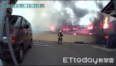 烈焰沖天 新社鐵皮屋工廠火警