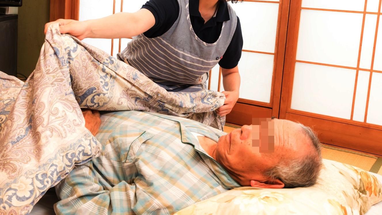 ▲老人,看護,老人照護,孤獨死。(圖/取自免費圖庫Pakutaso)