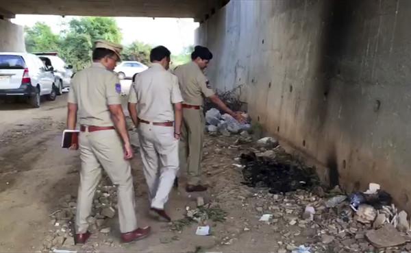 ▲印度27歲女獸醫遭到4男輪姦燒死。(圖/達志影像/美聯社)