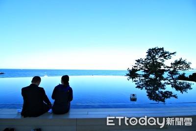 日本唯一30米無邊際海景足湯超療癒