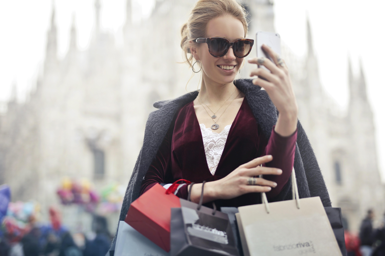 ▲購物,時尚,拜金。(圖/取自免費圖庫Pexels)