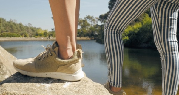 ▲▼大麻葉製防水鞋。(圖/DopeKicks授權提供,請勿隨意翻拍,以免侵權。)