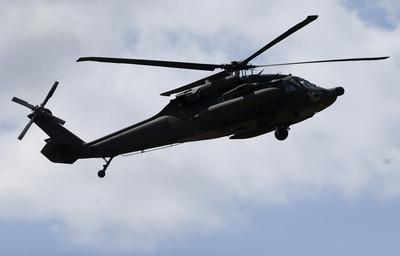UH-60黑鷹直升機墜毀3死