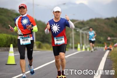 太平洋縱谷馬拉松 6千人無畏低溫開跑