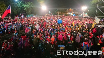 韓國瑜新竹縣造勢湧入1萬2千人