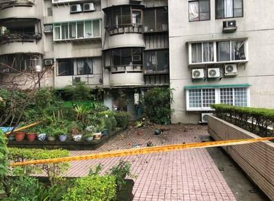 鐵架+大盆栽「從12樓崩落下墜」! 住戶:以為地震