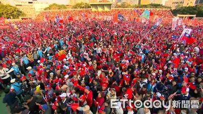 韓國瑜、侯友宜合體競總成立擠爆6萬人