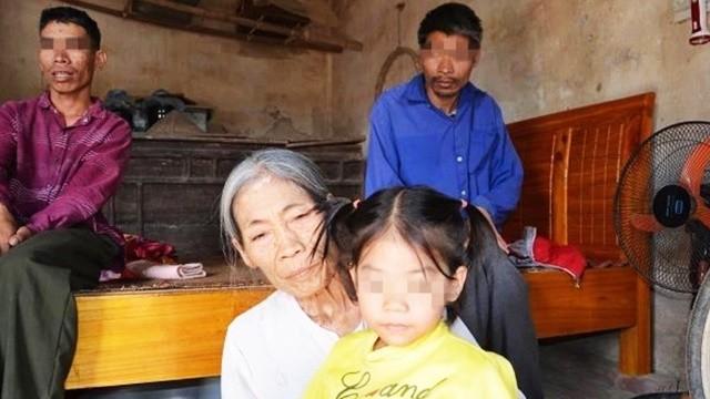 「兩個精神病叔叔」和5歲女童睡一起!七旬阿嬤打零工養全家,不幸確診罹癌