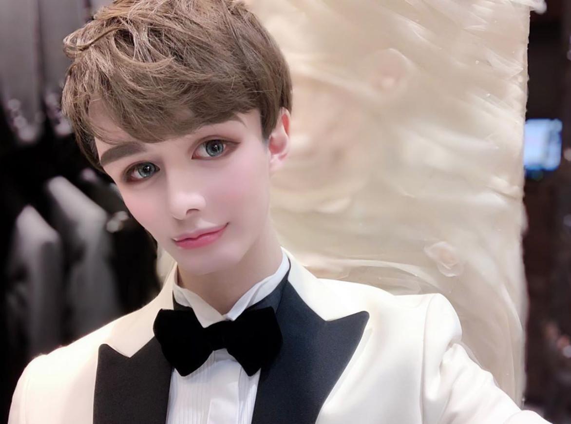 星二代Matt挨酸塑膠臉⋯藝人好友拍合照力挺! 愛自己「Matt化」全日本跟風
