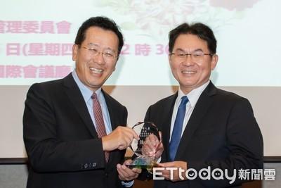 遠雄人壽獲頒金管會「微型保險績效卓著獎」