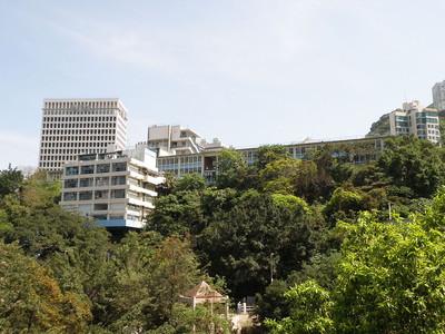 香港華仁書院發現2顆炸彈 校方:事前不知情