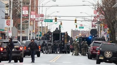 鎖定猶太商店 紐澤西槍擊6死