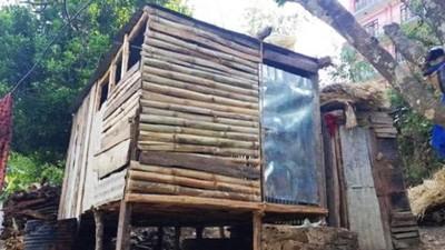 月經來=不潔的象徵!落後村莊蓋髒噁小木屋 隔離青春期少女