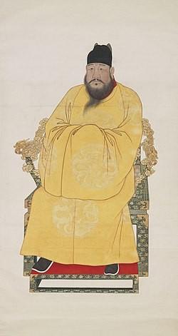 ▲▼張藝興首度演出古裝劇《大明風華》,皇帝造型掀起討論。(圖/翻攝自微博)