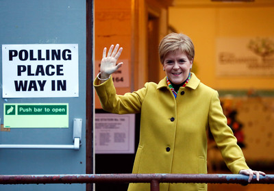 蘇格蘭民族黨料大勝 再提獨立公投