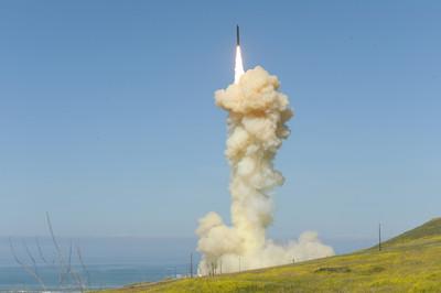 美退出INF後首射陸基中程彈道飛彈