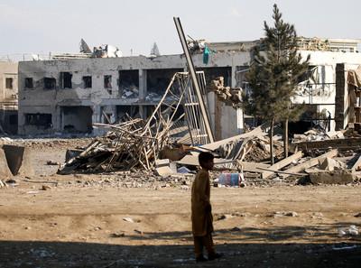 美國塔利班和談暫停 抗議基地遇襲