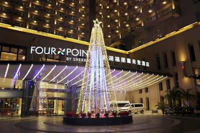 澎湖最大聖誕樹 每晚5:30亮燈