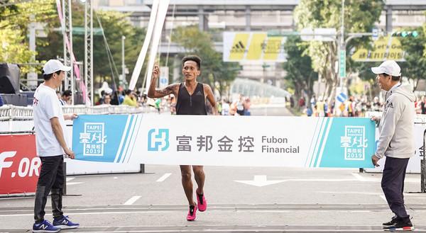 台北馬拉松中籤率6成6 22日下午5時須完成報名手續   ETtoday