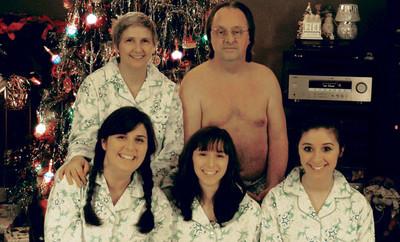 我說,這些家庭的聖誕照片也太好笑了