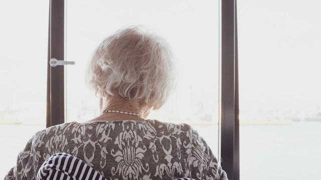 韓59歲家庭主婦罹癌 搬到鄉下休養 夫怒掐死:這樣誰來照顧我媽?