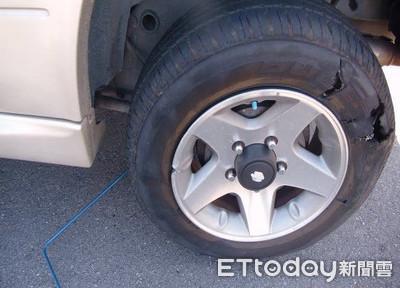開車找友輪胎遭刺!犯嫌辯:我彎腰撿樹枝