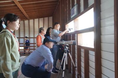 雲嘉南管理處架設望遠鏡讓遊客賞黑琵