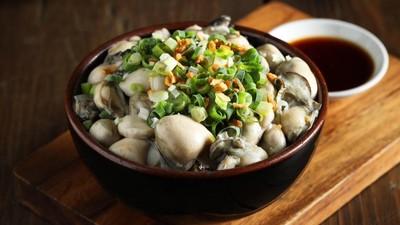 痛風系滷肉飯「鋪滿肥嫩蚵仔」!華西街50年老店創新菜單 殺出一片天