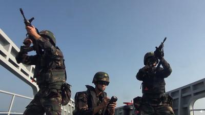 解放軍駐港部隊連發2訓練影片