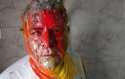 埃及人權律師遭警「圍毆潑漆」