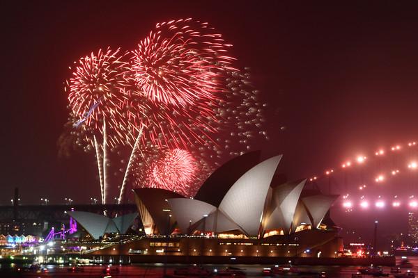▲2020澳洲雪梨煙火。(圖/路透)