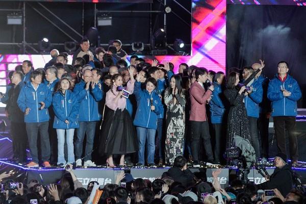 ▲盧秀燕出席后里跨年晚會。(圖/台中市政府提供)