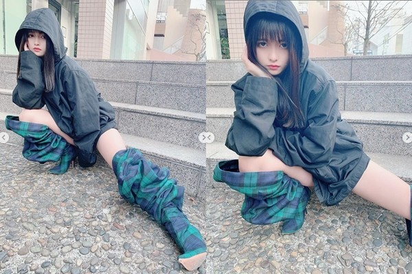 ▲▼景井 ひな「脫褲靴」。(圖/翻攝自IG/kagei_hina)