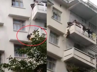 嬤將孫綁繩5樓空降3樓 就為救貓