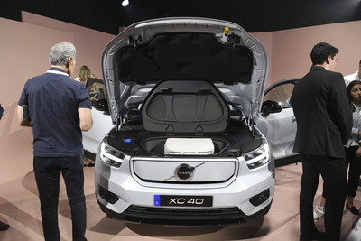 Volvo推「車內監控」2021年上路!疲勞駕駛、酒駕...車速降到0