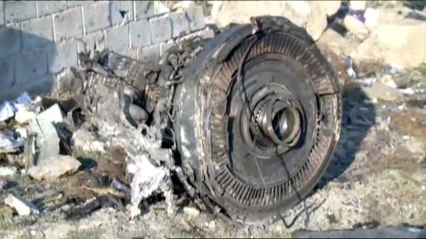 ▲▼烏克蘭國際航空(UIA)波音737客機墜毀。(圖/路透)