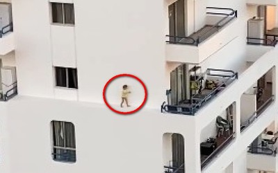 往窗外看嚇壞 女童搖晃走外牆上