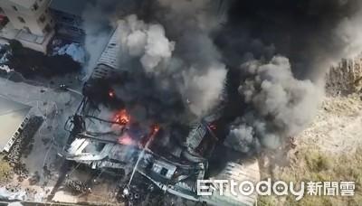 仁德廢輪胎工廠大火 600平方米廠房全毀