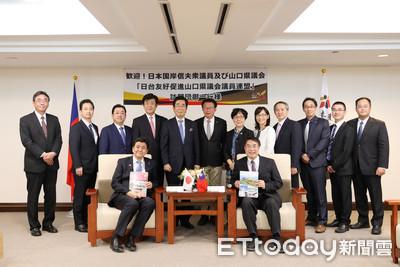 日本眾議員岸信夫等人再訪台南