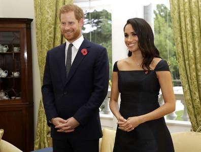 女王聲明直呼「哈利梅根」不帶頭銜
